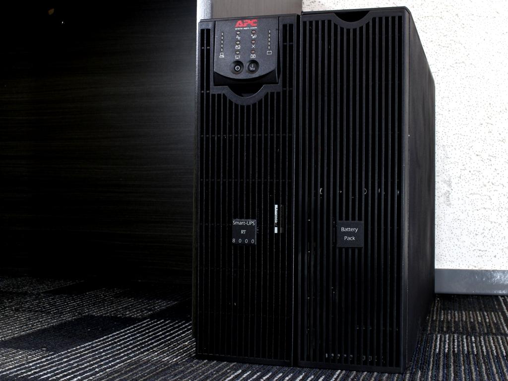 SURT8000XLT