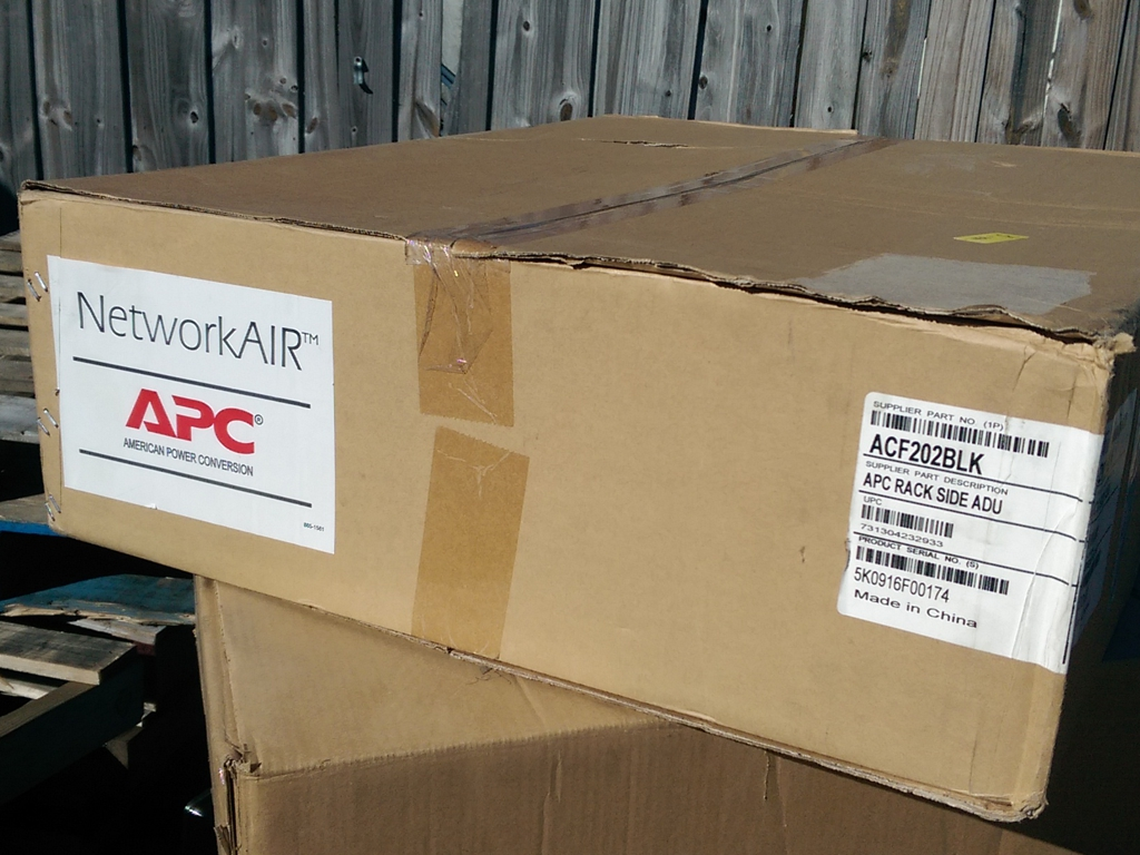 Apc Rack Side Air Distribution 2u 120v Acf202blk
